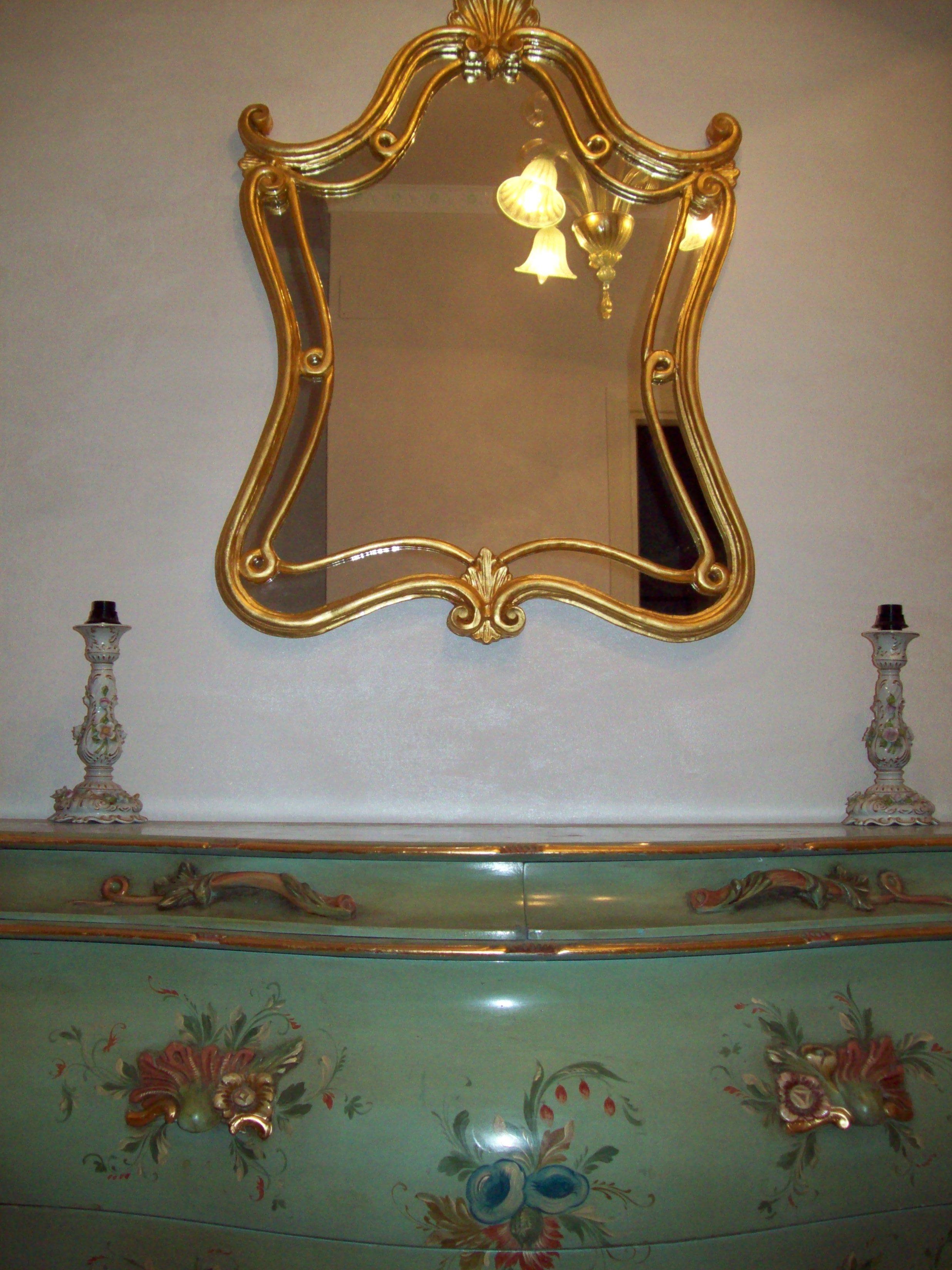 Restauro mobili dipinti dorature roma for Cerco mobili antichi